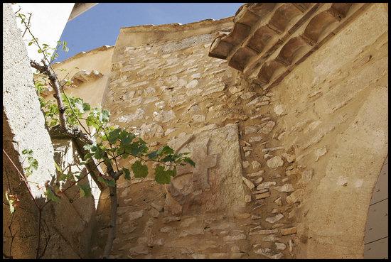 Villa Fauve Maison d'Hôtes : Croix des Templiers