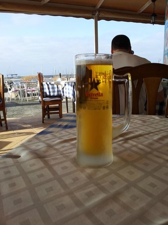 Harbour Lights: cool pint  with a view