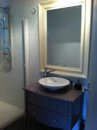 Chambre d 39 hotes les artistes updated 2017 b b reviews price comparison strasbourg france - Chambre d hote strasbourg et environs ...