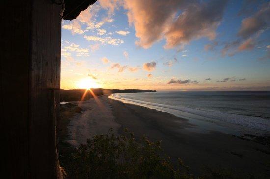 Magnific Rock Hotel: sunrise....
