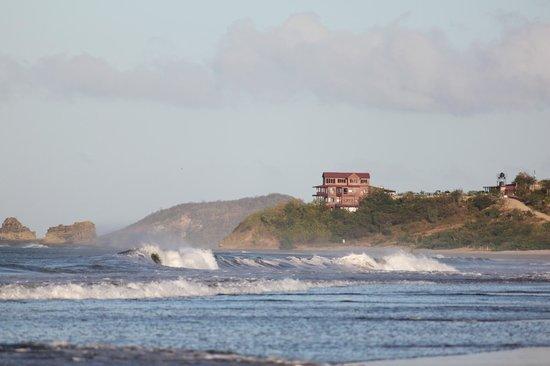 Magnific Rock Hotel: Location....