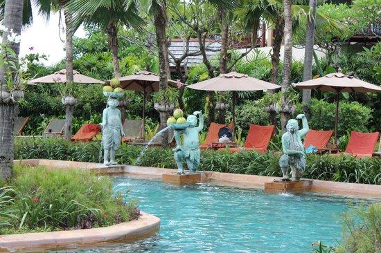 Anantara Bophut Koh Samui Resort: The pool
