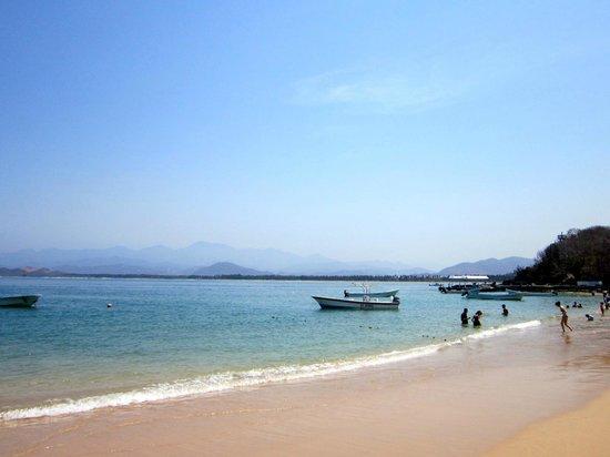 El Paraiso Escondido: The beach
