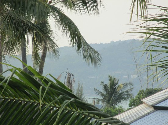 Horizon Karon Beach Resort & Spa: View across the hills.