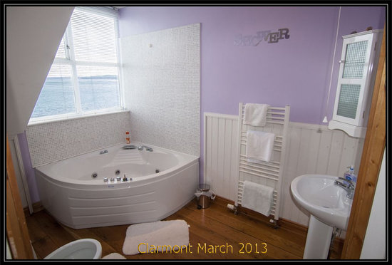 Hotels In Derry With Jacuzzi In Room
