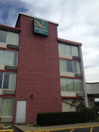 Days Inn Easton: outside view