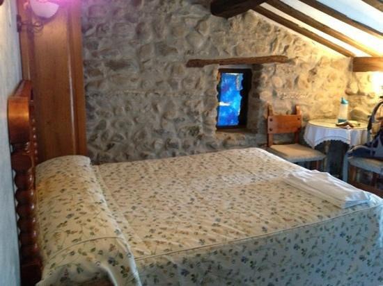 Casa Rural Verdeancho: camera sotto il tetto