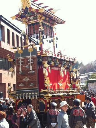 Oyado Yamakyu: one of the festival floats
