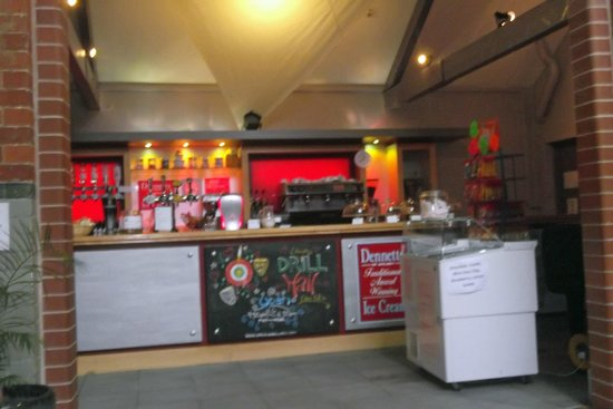 Lincoln Drill Hall : The Bar/Servery