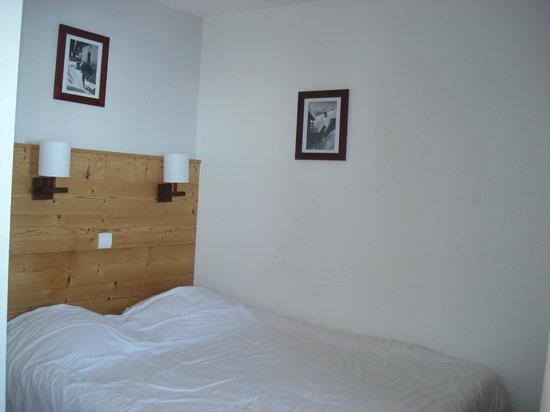 Pierre & Vacances Residence Saskia Falaise: la chambre des parents