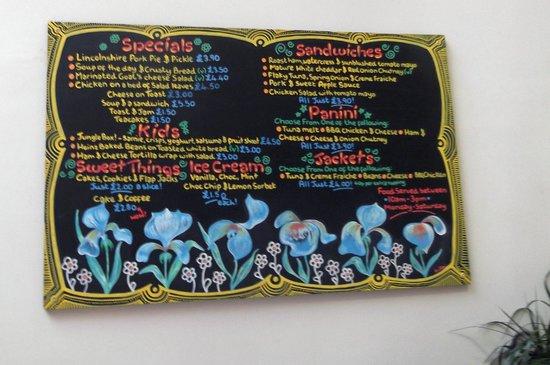 Lincoln Drill Hall: Artistic chalkboard menu