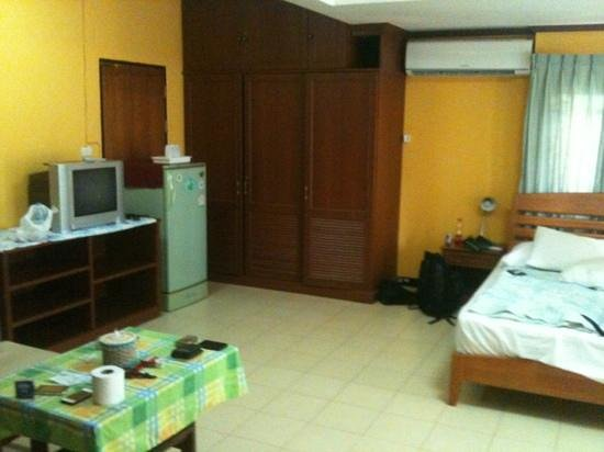 Lavinia House: big room