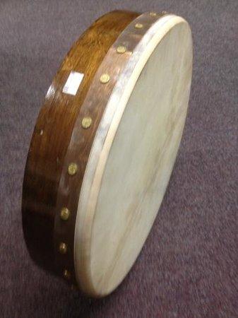 "Roundstone Music & Crafts: standard bodhran 18"""