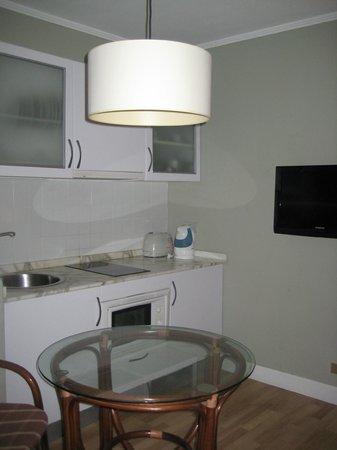 HG Tenerife Sur Apartments: cocina