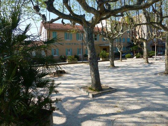 Grand Hotel Moriaz: Boules court