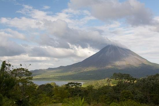 Essence Arenal Boutique Hostel: volcan et lagune Arenal