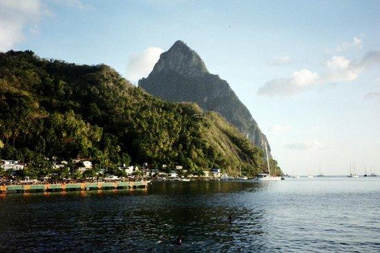 Barefoot Holidays Saint Lucia Day Tours: Le Petit Piton