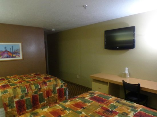 Desert Inn: Two Queen bed