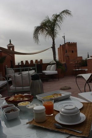 Riad Chraibi : La terrasse, le matin