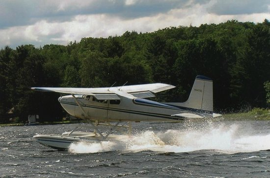 Mercer, WI: Float Plane Take Off!