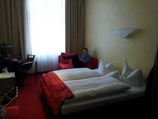 Hotel Alexander: Hotelzimmer