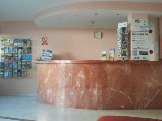 Las Gondolas Apartments: Reception / Hall