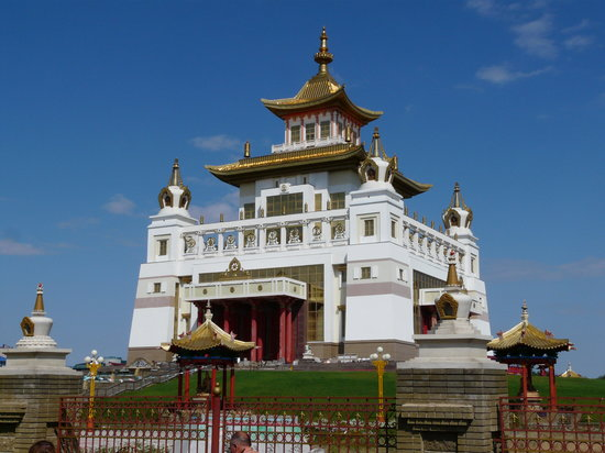 Elista, le Temple d'Or, inauguré le 27 Décembre 2005