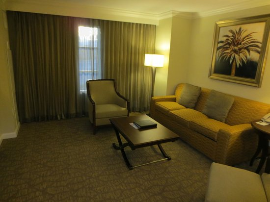 Hilton Grand Vacations on Paradise (Convention Center): living room with foldaway sofa bed which was terrible in one word