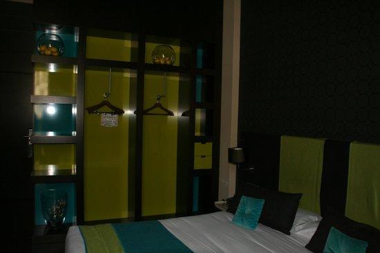 987 Barcelona Hotel: habitacion