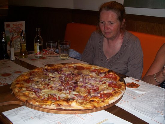 Pizza Mizza: Can you eat it all?