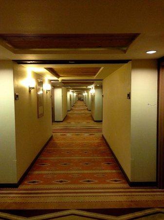 Eldorado Hotel & Spa: El pasillo de los cuartos