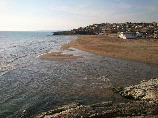 Il Poggio delle Cicale: Spiaggia di Cava d'Aliga