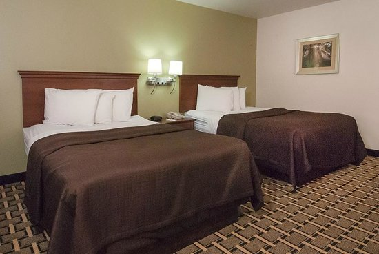 Econo Lodge Cherokee: Double Room