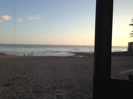 Le Zagaya: vue mer en soirée