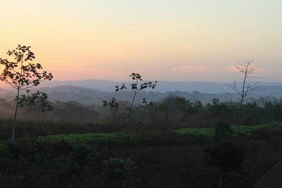 Finca Buena Vista: Blick von der Terasse unseres Zimmer auf den Sonnenaufgang