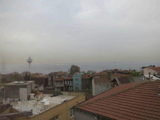 Tashkonak Hotel: 朝食を取る部屋からの眺め