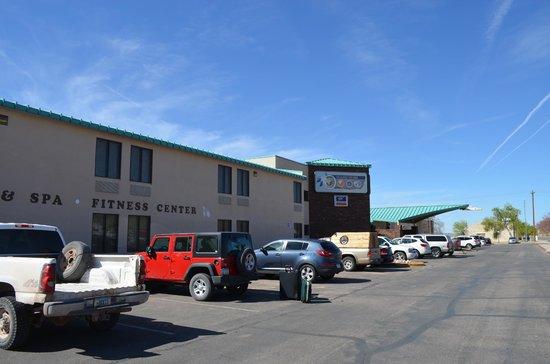 Hualapai Lodge : El hotel sobre la ruta 66