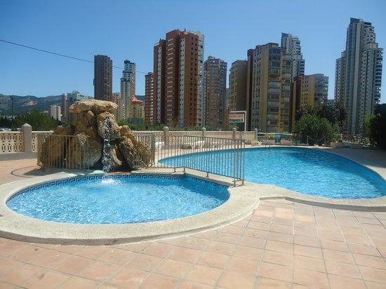 Apartamentos Primavera Loix: Pool area