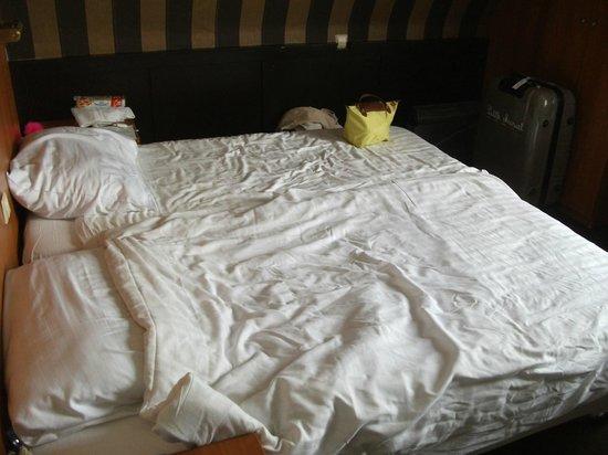 Hotel Blyss: lit twin