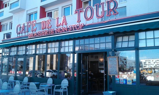 front view picture of cafe de la tour calais tripadvisor. Black Bedroom Furniture Sets. Home Design Ideas