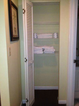 Sand Pebble Resort: Linen closet near bathroom in unit #308