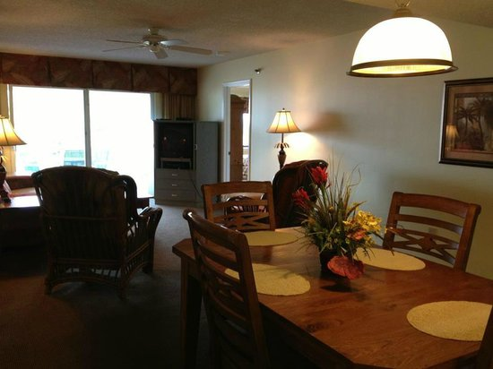 Sand Pebble Resort: Dining & Living room are in unit #308