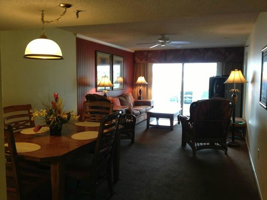 Sand Pebble Resort: Dining & Living room areas in unit #308