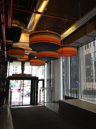 Aloft Brussels Schuman Hotel: Lobby