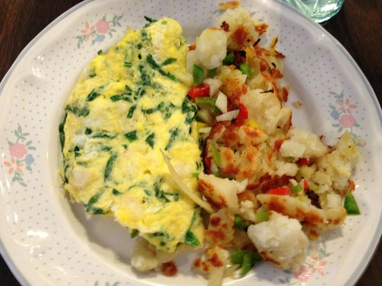 Mary's Hash House: Lobster, Spinach and Swiss Cheese Omelette. Delicious!