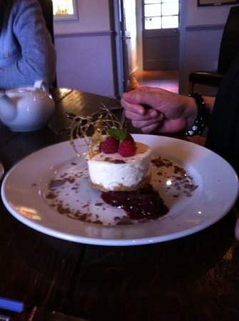 The Berney Arms: posh cheesecake delicious