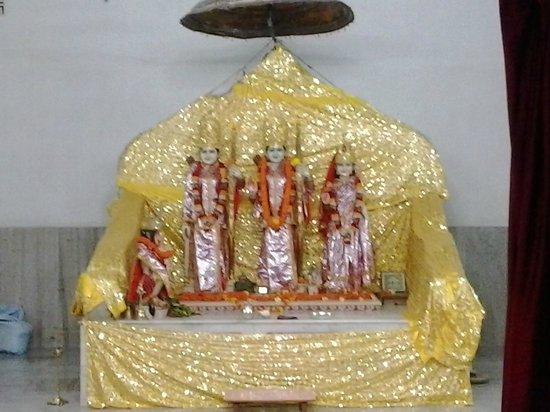 Ram Mandir, Bhubaneswar: ram darbar at ram mandir