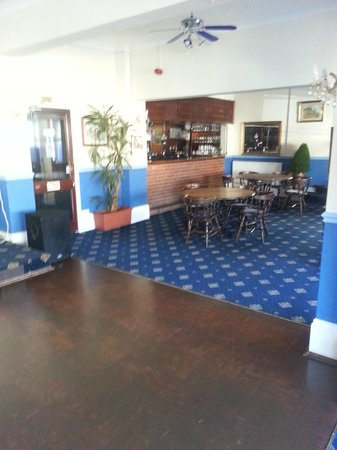 Channel View Hotel: BAR