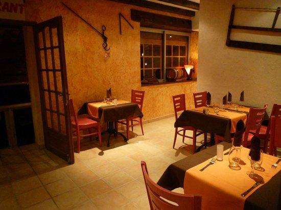 le c 244 t 233 lac les salles sur verdon restaurant