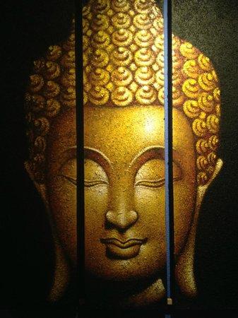 Buddha House Boutique Hostel: Artwork